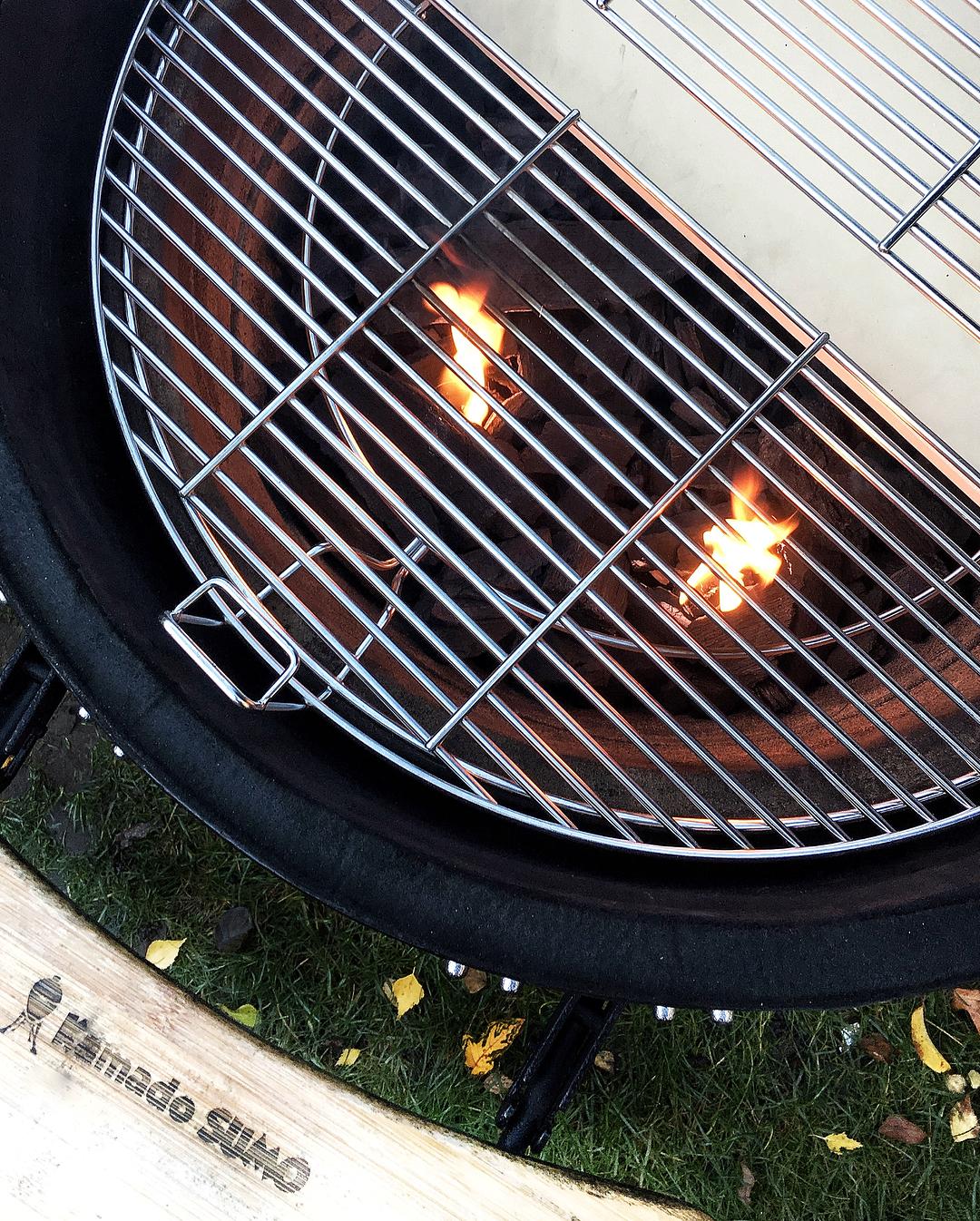 Diviser & conquérirgrille de barbecue flexible kamado SUMO